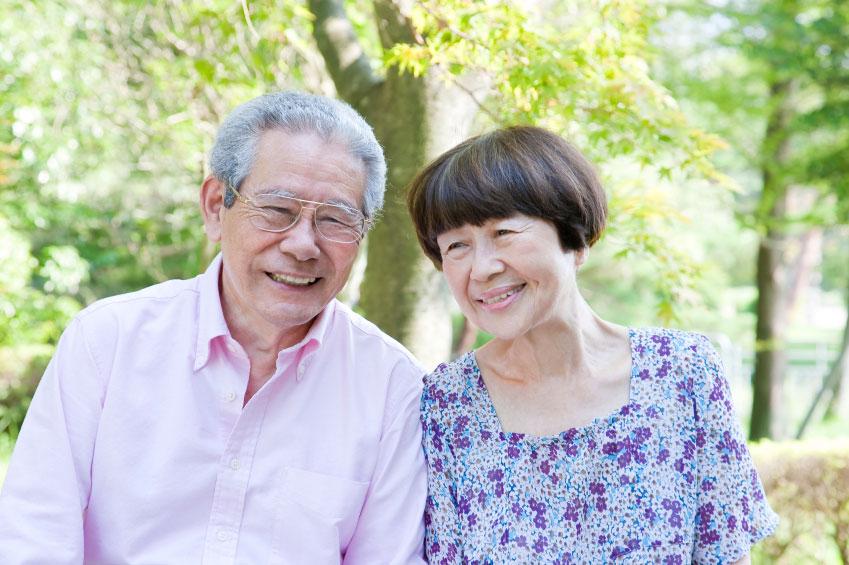 老後を安心して生活するためには、早いうちに計画的な貯蓄や資産形成をすることが必須